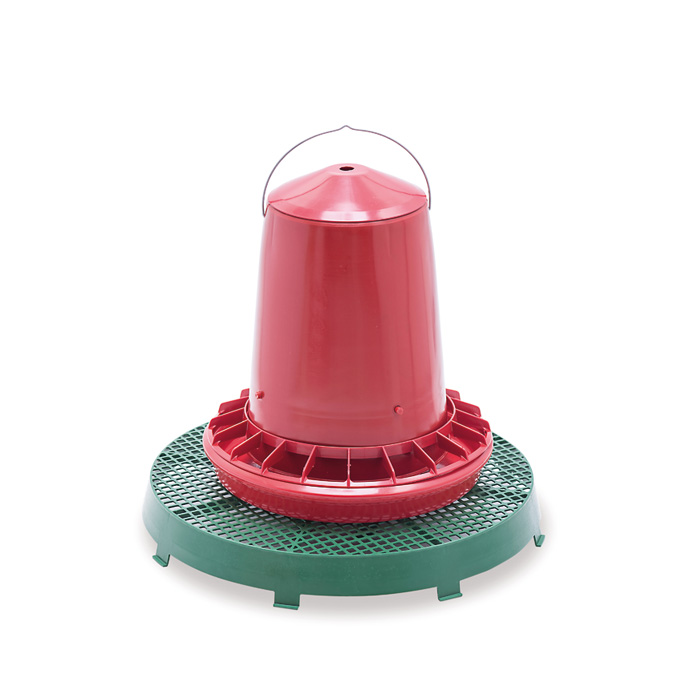 Plastic platform stand for feeders
